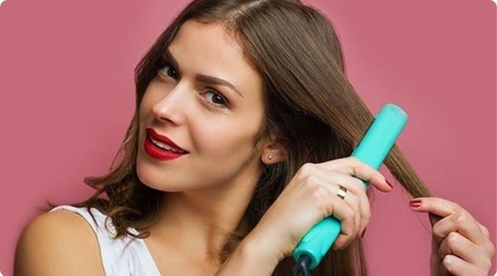 Es posible realizar peinados con la plancha de pelo