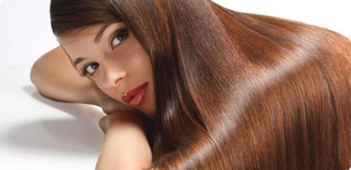 peinado alisado plancha